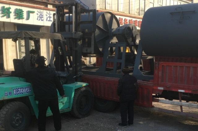 超一吨干式球磨机发货2台