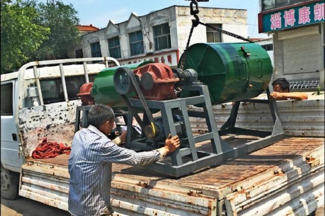 100公斤干式球磨机发货